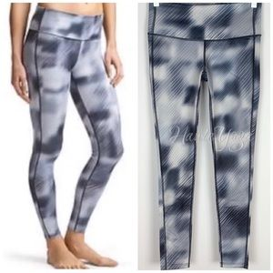 Athleta | Alpine High Rise Chaturanga Legging  XSP